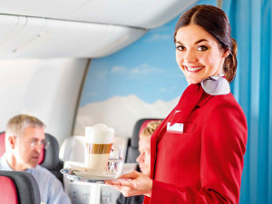 avicion-comercial-2-300x225 Aviación comercial: Consejos para facilitarte la vida como tripulante de cabina