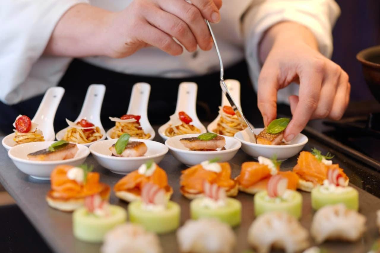 Clases de catering: ¿Cómo iniciar un negocio de servicio de comida?