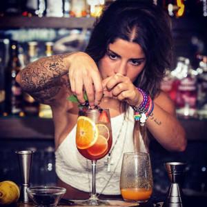 gediscovery-bar-profesional-bartender-sugerencia-300x300 10 consejos de servicio al cliente para los bartender