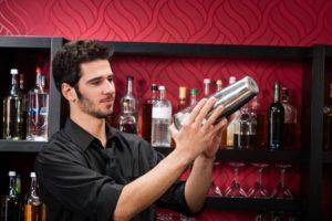 Cómo pasar una entrevista laboral para obtener el puesto de bartender