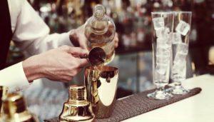 gediscovery-bartender-profesional-curso-300x171 Cómo convertirte en un bartender con estos simples consejos