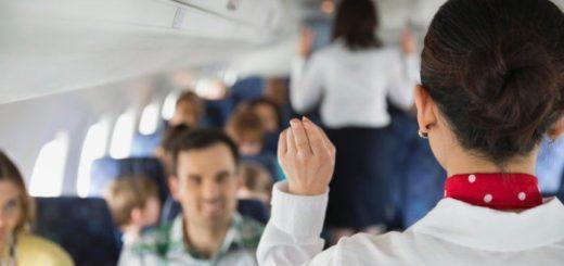tripulante cabina servicio vuelo gediscovery