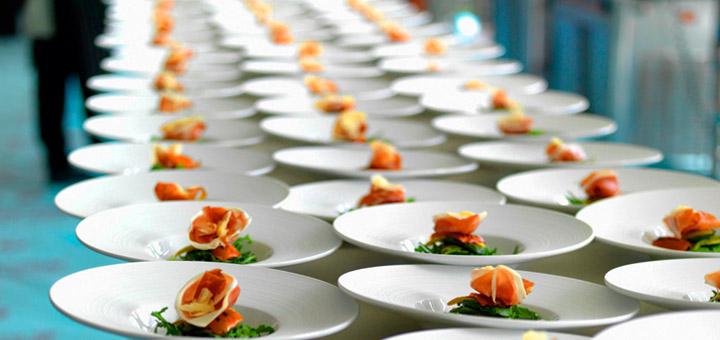Consejos para dirigir un negocio de servicio de catering exitoso