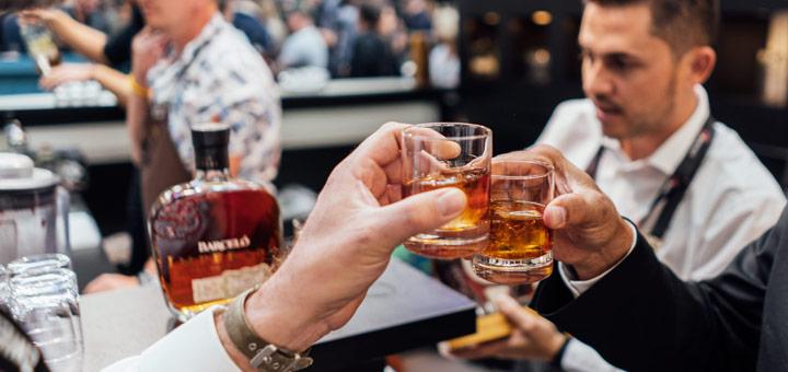 6 beneficios de ser bartender profesional