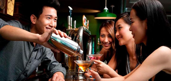 Técnicas que todo bartender profesional debe conocer