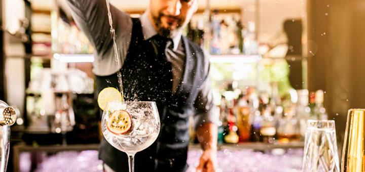 Qué necesitas para trabajar como bartender profesional en cruceros